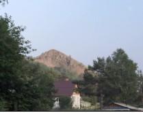 Гора напротив дачи