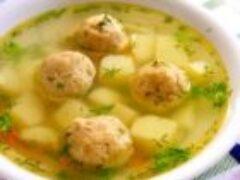Суп с фрикадельками сварить в бульоне на косточке