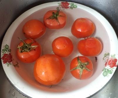 помидоры в солевом растворе
